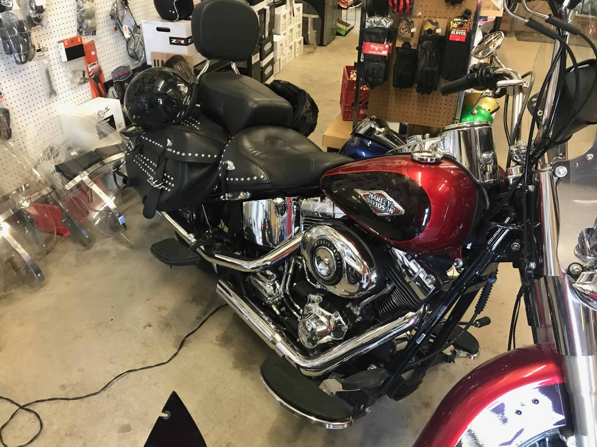 https://knobtowncycle com/service/motorcycle-collision-repair/ 2018
